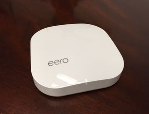Eero on table